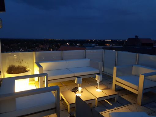 lounge-terrace-by-night.jpg